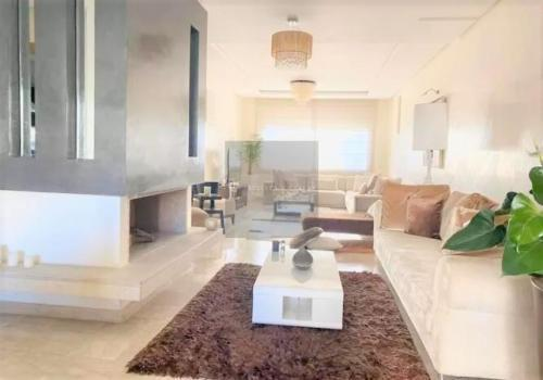 Appartement en location à Casablanca - Dar el Beida 18 000 DH