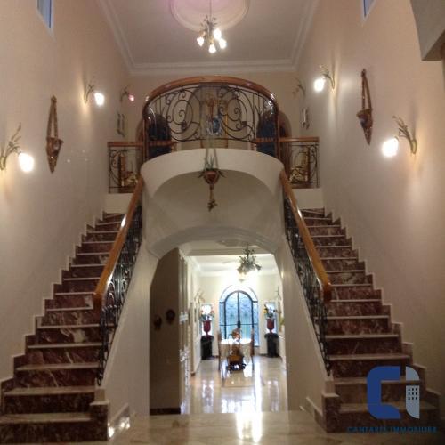 Villa - Maison à vendre à bouskoura18000000bouskoura18000000